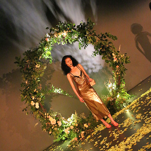 floral arch for london fashion week floral styling