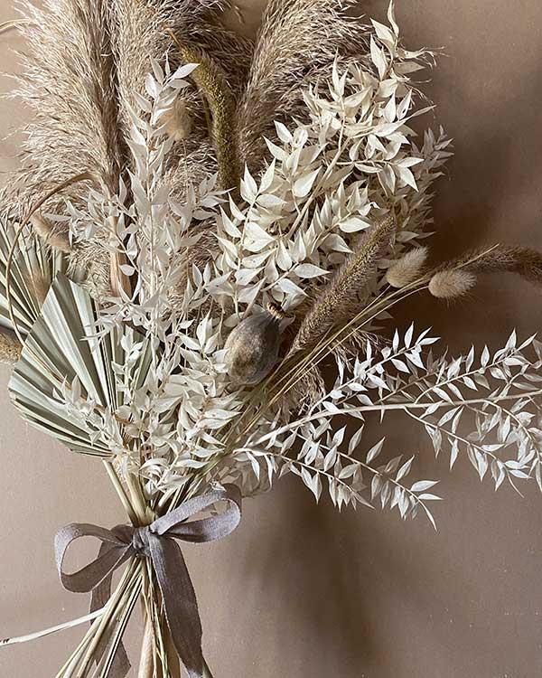 pampas grass and bunnytails bouquet