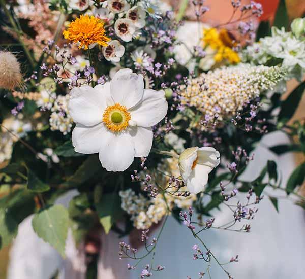 wild flower wedding style