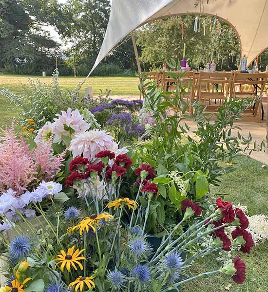 summer wedding norfolk florist
